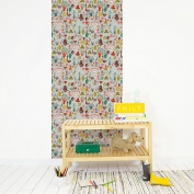 Wallpaper repositionable Free in the woods